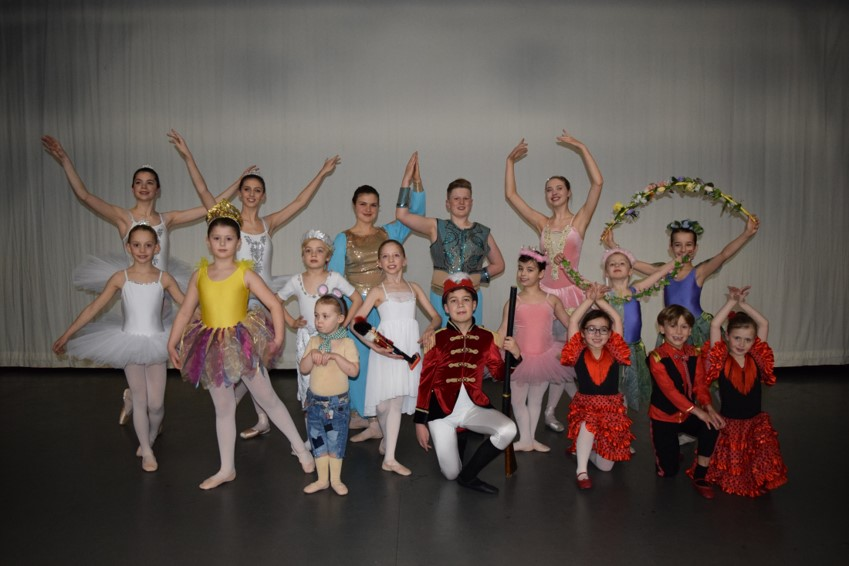 Group photo of the nutcracker