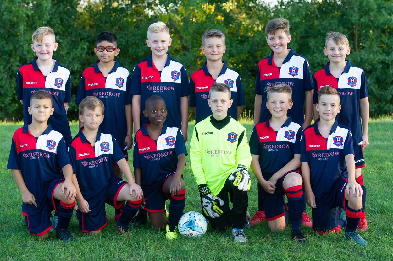 Redrow-South-Midlands-supports-local-football-team