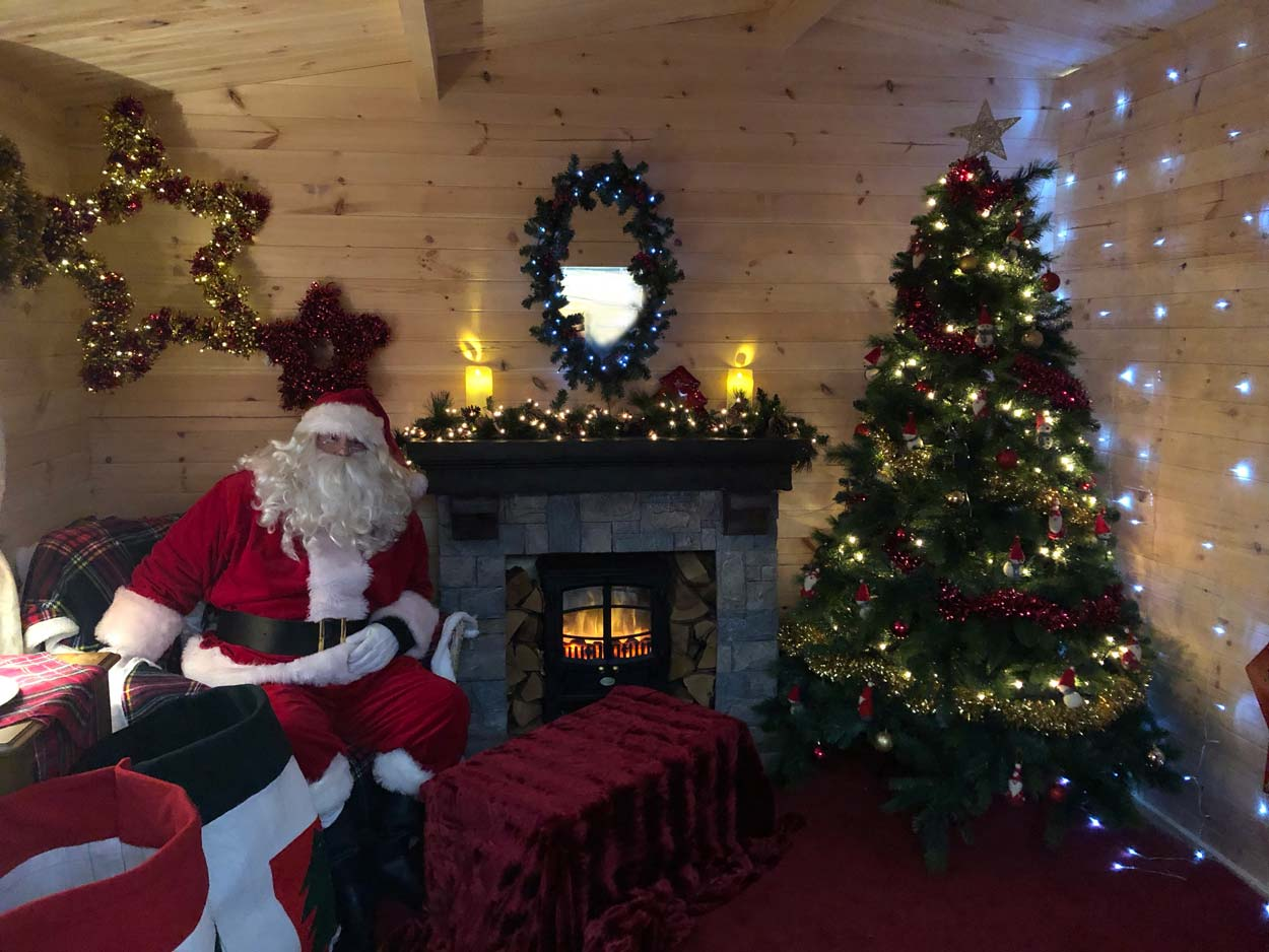 Christmas lunch and Santa's Grotto at Wyevale Garden Centres